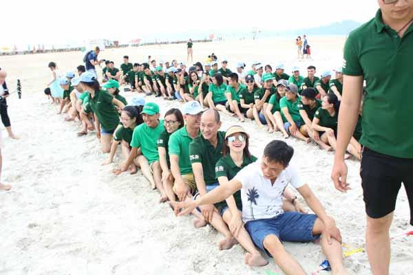 Top 5 Bãi biển tổ chức team building chất nhất Miền Bắc