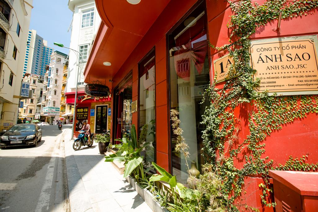 Top 40 khách sạn Hạ Long Bãi Cháy giá rẻ view đẹp gần biển từ 2-3-4-5 sao