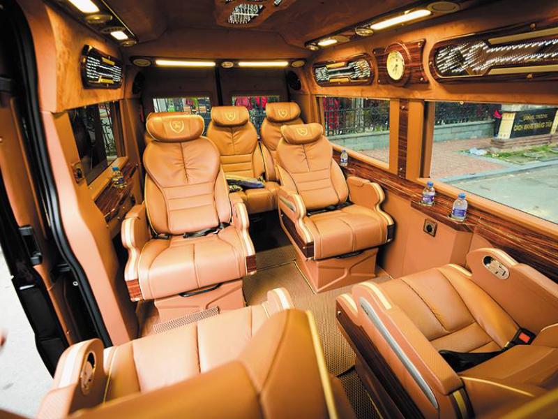 Xe limousine là gì? Những điều cần biết về dòng xe limousine chất lượng cao